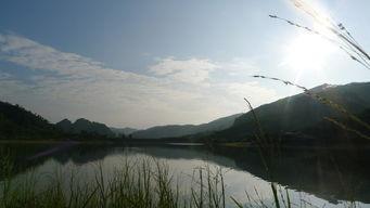 、池塘、田野、村庄、峰林,画面... 用呼吸驿动陌生旅途,