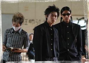 《热血高校》桐岛三人组-陪我走过青春的 它 从 青禾男高 漫谈校服文化