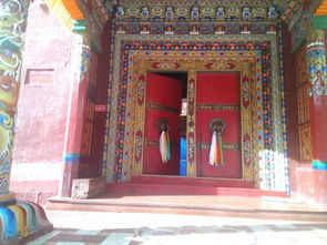 三个世纪,依旧法相庄严,木刻印版、壁画、雕塑和古建筑为   德格   ...