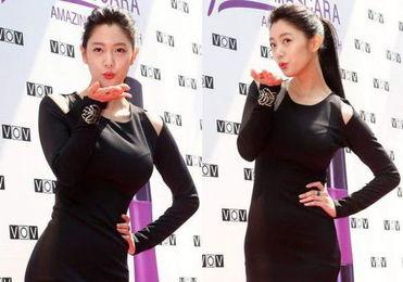 了韩国电视剧《透明人间崔长洙》而被人认知.   但是刚出道的她并没...