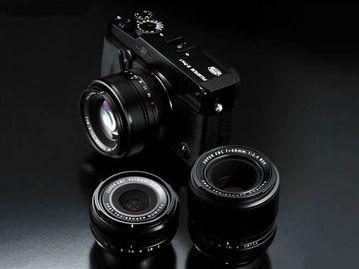 S-C画幅X-Trans CMOS传感器,以及全新X镜头卡口和混合多重取景器...