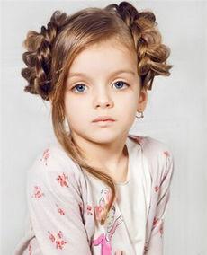 小孩烫完头发该怎么扎起来图片 小孩头发烫过怎么扎好看 4