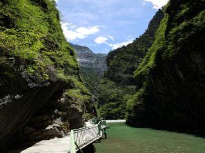 18 香格里拉人与自然