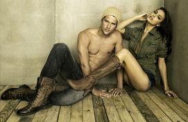 C罗女友与男模拍广告 狂野风大玩暧昧