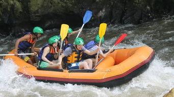 巴厘岛阿勇河漂流 T河漂流一日游
