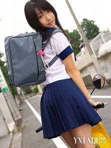 ...赏日本高中女生超短裤短裙图片 揭秘日本女学生短裙之谜