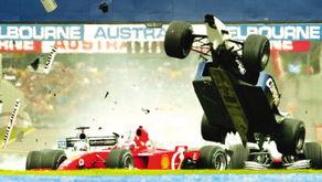 ...里切罗的碰撞中直飞冲天-羊城晚报 F1以男人的名义斗快斗持久