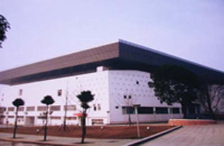 ...篮球比赛场馆 华中农业大学体育馆
