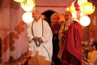 和尚:我们师祖是这一带的大德高僧,他是不会轻易见人的.   孙悟空...