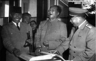 女文工团员为何能与毛泽东保持交往十多年