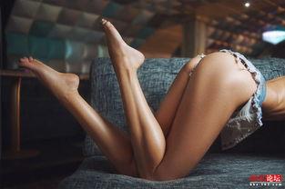 世界顶级情色摄影师的 18禁 展现人体的美
