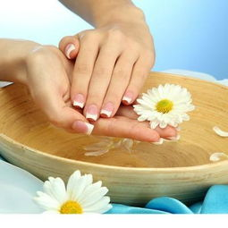 涂黑色指甲油对指甲有什么伤害