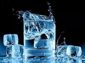 4. 夏季只喝冰水的习惯正确吗,喝冰水会引发哪些不适?-喝水对人有...