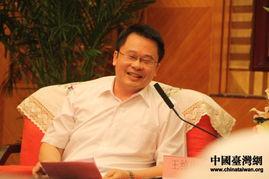...时文化传媒公司总经理王绰中代表采访团成员对路建平的接见表示感...