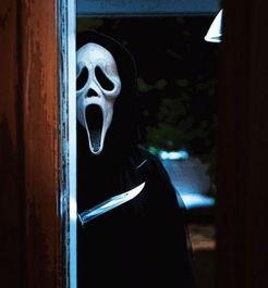 ...开电影中的可怕面具男