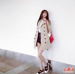 沈梦辰晒时尚街拍照 穿超短裤露吸睛大长腿