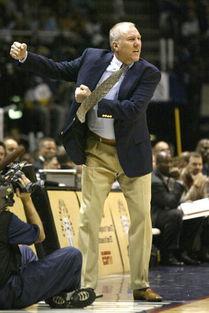 间2003年6月9日上午,NBA总决赛第三场比赛在网队主场进行.-总决...