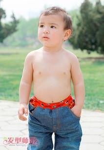 3岁小男孩夏天的发型 2到3岁男孩发型图片 发型师姐