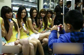 辣妈与14岁女儿户外泡澡裸照遭疯传被捕 10