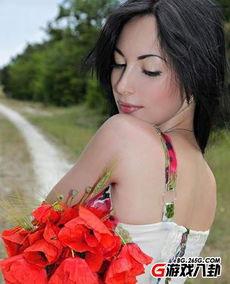 ...枭罂粟皇后实为模特 裸照网络曝光