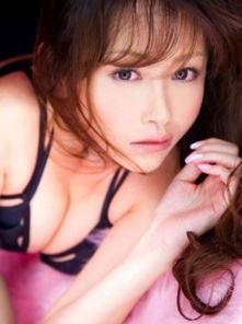 韩国巨乳风俗娘顶级诱惑