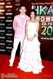苍井空香港宣传新片 戏中与麦浚龙演情侣