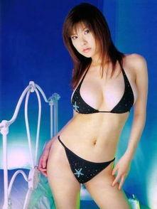 ...赛车女郎 日本AV女优喷血写真