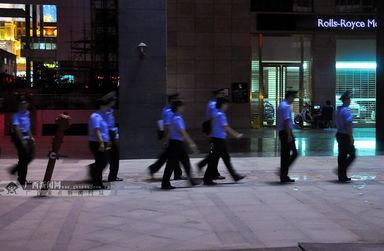 南宁警方扫黄现场照片曝光 集中清理整治工作