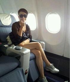 [转载]50大女星热裤美腿大PK谁是性感宝贝-海量女星夏日热裤美腿大PK