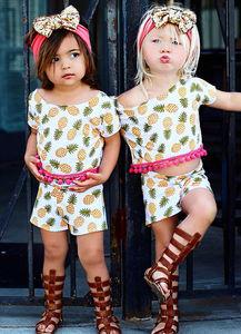 ava222-埃弗雷和艾娃已是时尚界宠儿.(网页截图)-美国2岁萝莉姐妹花走红...