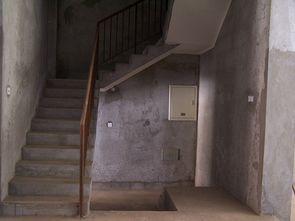 家里楼梯瓷砖千万别乱贴 最详细的方法给你,不谢