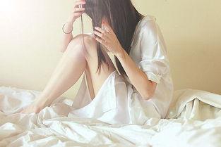 非主流美女伤感伤心寂寞侧面背影图片合集