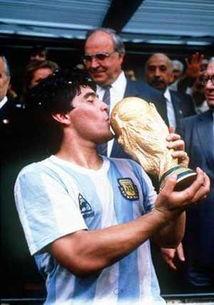 天才球星——马拉多纳-世界杯,来了