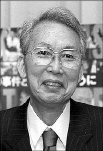 于前日早上9点51分因蛛网膜出血在东京的医院逝世,享年76岁.其家...