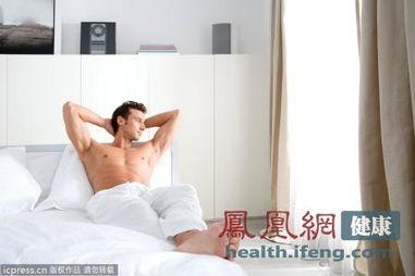 男人胸毛越长和性能力越强吗(图片来源:东方ic)-长什么样的男人性...