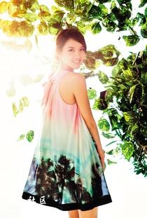 久久女人秀-练百米跨栏时,她是刘翔的师妹;做模特时,她是第一个中国籍世界小...