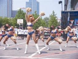 哈林篮球总是出人意料 哈林花式篮球表演令人陶醉 组图