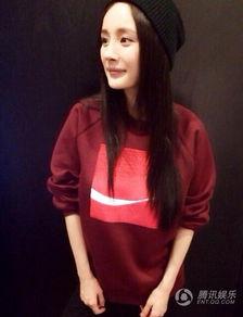 腹毛露大基真实图-据台湾媒体报道,最近微博最热的话题是,女孩如果反手摸自己的肚脐...