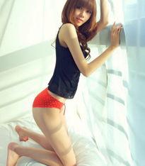 主动型:艳色系内裤   此类型女子在潜意识中都不自觉的喜欢采取主动...