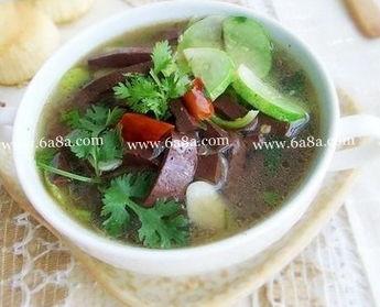 黄瓜猪血汤的做法