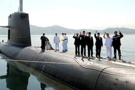 9月17日,在东马来西亚沙巴州马皇家海军基地举行的马来西亚海军拥...