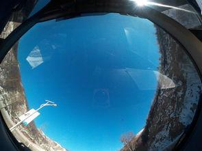 ...头向上,机器放在水平面上就能拍出这种类似360度的全景照片-柯达...