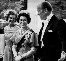 英国女王年轻照片-英国女王与美国总统