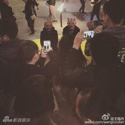 王珞丹万圣节街头吓人 网友 吓死宝宝了