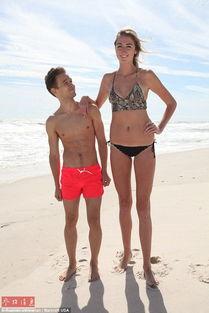 美国20岁女子腿长1.26米 要求 男友 不低于 一米