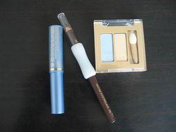 新增mac蓝色睫毛膏和唇彩 雅漾全新隔离霜已售