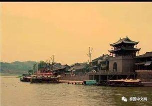 镇是名副其实的千年水码头,这里曾泊东吴万里船,商贾云集舟楫往来...