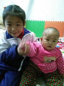 【儿子11个月超难带】记得我女儿小时候可好带了,因为女儿小的时候...