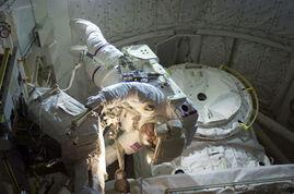 奔赴太空的使者 国际空间站上的宇航员