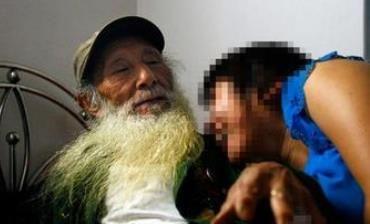 68岁老人包养20岁女 组合盗窃维持 祖孙恋